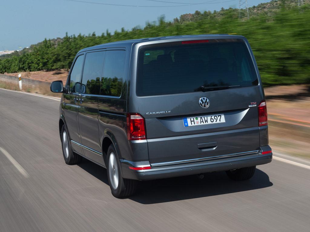 Volkswagen Caravelle 2016 года выпуска
