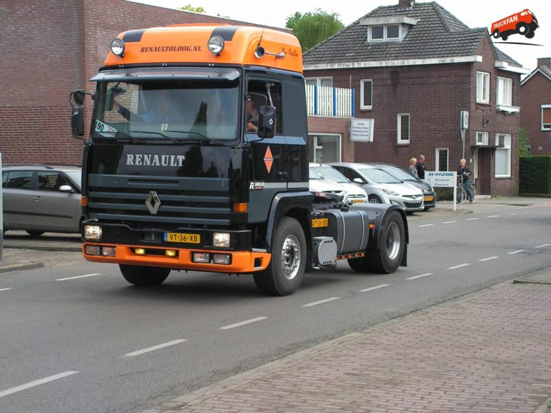13767-major-renault