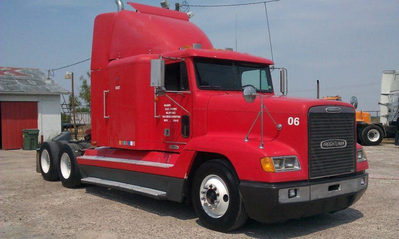 Freightliner-fld120-1