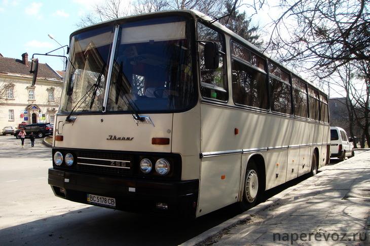 Икарус 256