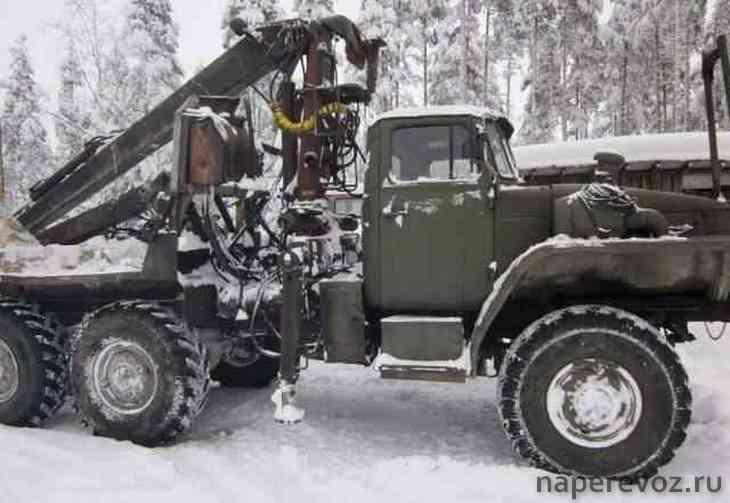 Лесовоз Урал