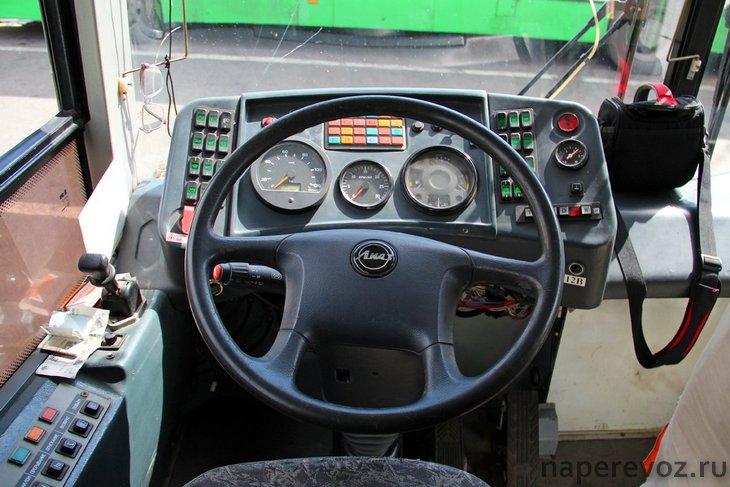 ЛиАЗ 4292 водительское