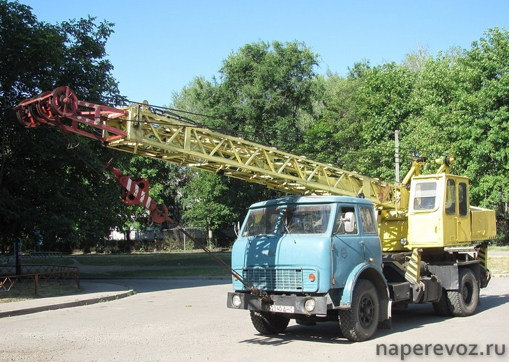 МАЗ 5334 автокран